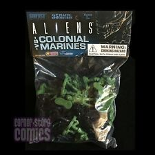 ALIENS Vs COLONIAL MARINES Army Men Style BUILDER PACK 35-ct Bag EMCE Toys!