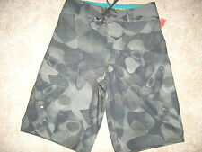 NEW MENS MOSSIMO CAMO BOARDSHORTS SWIM TRUNKS STRETCH SURFING AQUAFLAGE 28 S
