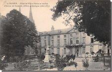 CPA 14 - BAYEUX - Hotel de ville et satue en marbre