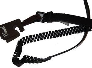 New Fossil Leather Pyramid Chain Belt Medium Black