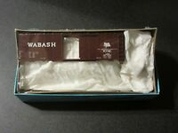 Athearn/Con-Cor HO Scale 40 Foot Wabash Box Car Kit