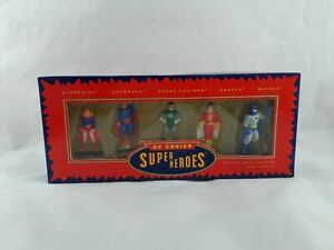 ERTL DC Comics Super Heroes Die Cast Figurines Batman Superman Supergirl Shazam