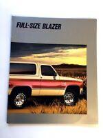 1988 Chevrolet Blazer 8-page Original Chevy Sales Brochure Catalog
