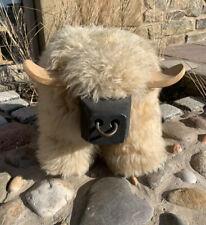 Stunning Rare Footstool Fluffy Sheepskin Highland Bull Hand Made Furniture Farm