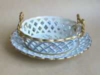 PARIS PORCELAIN PIERCED BASKET AND UNDERPLATE FAUX SEVRES (Ref5455)