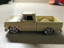 Johnny Lightning 1965 Chevy c10 shortbed 1/64
