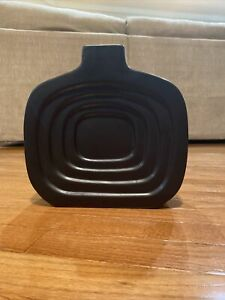 Apropos Black Ceramic Vase