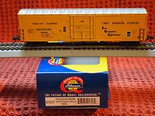 "ATHEARN READY TO ROLL  SOUTHERN / FGEX  50ft. ""SUPERIOR""  PLUG DOOR BOX CAR"
