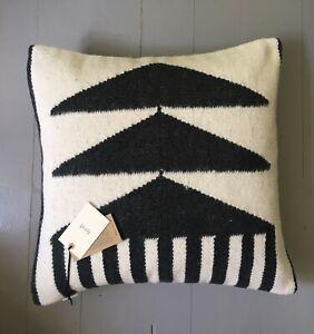 Ferm Living Kelim Cushion - Black Triangles