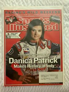2 Sports Illustrated Indy Car Racer Danica Patrick NM