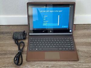"HP Spectre Folio Leather 2-in-1 13.3"" - Core i7 - 8 GB RAM - 256 GB SSD"
