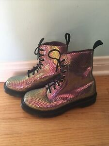Dr Martens Pascal 8-Eye Boot Limited Edition Violet Mirror Shift Suede 5 UK/7 US