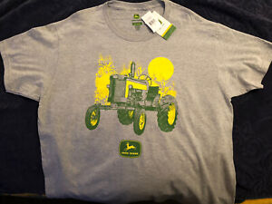 John Deere Men's Grey T-shirt With Clasic Tractor Theme Size: Large