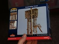 OO Gauge Bachmann 44-0018 Small water tower for model railway layout scenery