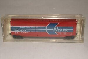 KADEE MICRO TRAINS N SCALE N'TRAK EXPRESS BOXCAR, NICE, BOXED