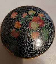 Vintage Beautiful Stratton Compact Web with Flowers  Made In England