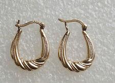 9 ct gold pair  earrings  pre owned