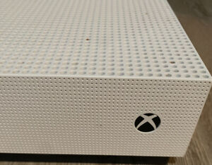 Xbox One S - 500GB  White