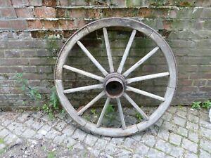 großes Wagenrad, Holzrad für Pferdekutsche, Heuwagen, Rad aus Holz, Gartendeko