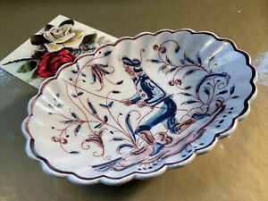 Vintage Portuguese Outeiro Agueda hand painted ceramic Collectable Pin dish