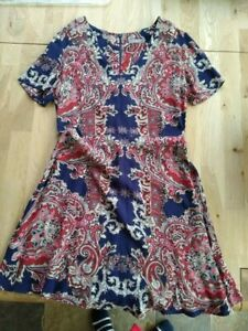 Dress Oasis - Paisley - Size 10 - Worn Once - Excellent condition