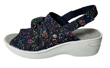 BZEES Washable Slingback Sandals Wedge Shoes Daisy Navy Womens Size 11 Wide NEW