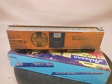 HO SCALE SANTA FE MECHANICAL REEFER PRO WEATHERED