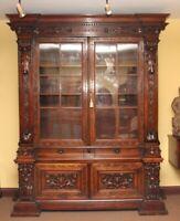 19th Century walnut bookcase / cabinet