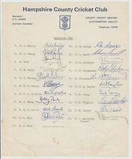 HAMPSHIRE COUNTY CRICKETERS 1980 ORIG HAND SIGNED OFFICIAL TEAM SHEET 27 X SIGS