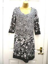 IZABEL Ladies Size 12 Black White Patchwork Floral Stretchy Boho Jumper Dress