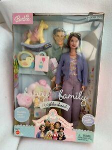 Barbie Happy Family Grandma mint in box