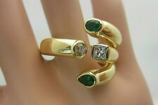 18K Yellow Gold Emerald and Diamond Ring Unusual Claw