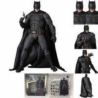 Mafex NO 056 Justice League Batman DC Comic Action Figure Medicom KO Version Toy