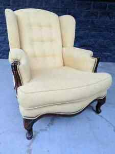 Contemporary Bradington Young / Hooker  'Cameron' Wingback Arm Chair Bergerie