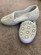 Cream White Lace Woven Flat Summer Beach Shoes Monsoon Size 4 Used