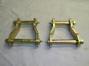 HOLDEN COLORADO PAIR OF REAR GREASABLE SPRING SHACKLES STANDARD HEIGHT 2012 ON