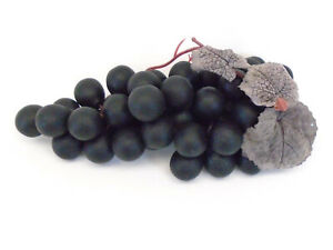 2 Clusters Flat WINE Grapes Decoration Artificial Plastic Fruits Bunches 072WN