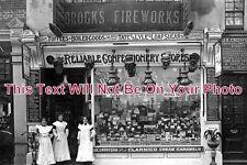 LO 105 - Brocks Fireworks, London c1910 - 6x4 Photo