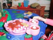 Fisher Price Loving Family Dollhouse Pink Gingerbread Hot Coa-Coa Candy Tray