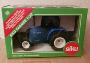SIKU NEW HOLLAND 5635 TRACTOR 1/32 SCALE