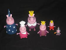 PEPPA PIG ROYAL FAMILY FIGURES COLLECTION FROM THE CASTLE / PALACE TOY.