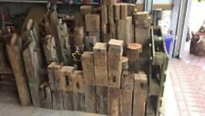 Holzbalken/Stele, antik, ca. 10-15x12-18cm, Länge 60 cm