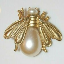 Elegant Vintage Gold Toned Metal And Faux Acrylic Pearl Bee Animal Pin Or Brooch