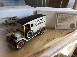 1920 White Delivery Van Wonder Bread  1/32 COA Nat Museum Re A69