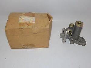 New OEM 1985-1989 Isuzu Impulse Oil Filter Adapter Assembly 8941536761