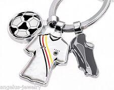 "TROIKA, ""FREE KICK"", Fußball Schlüsselanhänger, Deutschland Trikot, Schuhe, Ball"