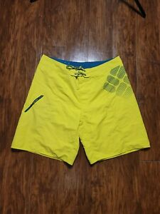 Columbia Board Shorts Sz 42 Neon Yellow EUC