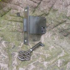 altes Einsteckschloss Schrankschloss Dornmaß 50mm Möbelschloss 64x40mm rechts