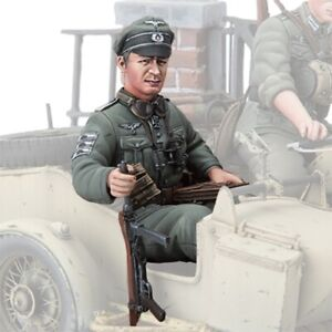 1/16 Figurenbausatz Figur Deutscher Offizier