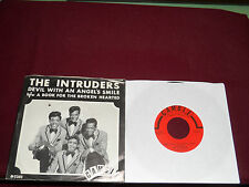 "THE INTRUDERS ""Devil With An Angel's Smile"" w/Pic Gamble 203"